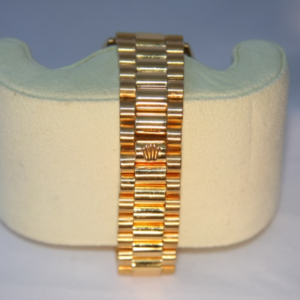 Gents Rolex Datejust 18ct Gold with Diamonds