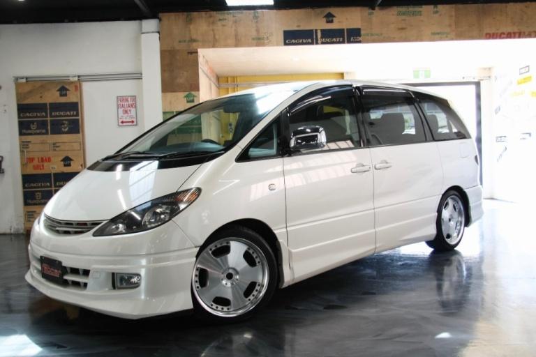 2001 Toyota Estima -