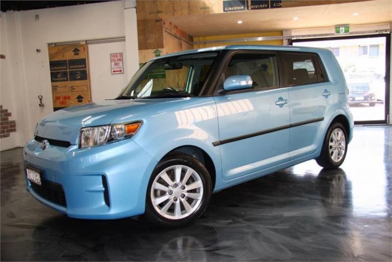 2010 Toyota Rukus -
