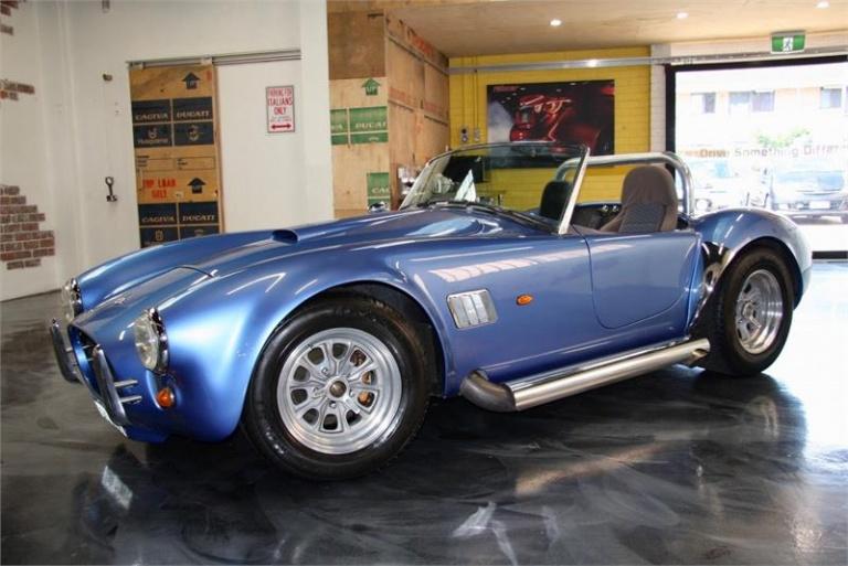2005 AC Cobra -