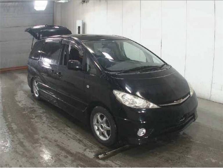 2005 Toyota Estima -