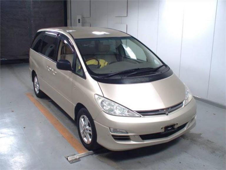 2003 Toyota Estima -
