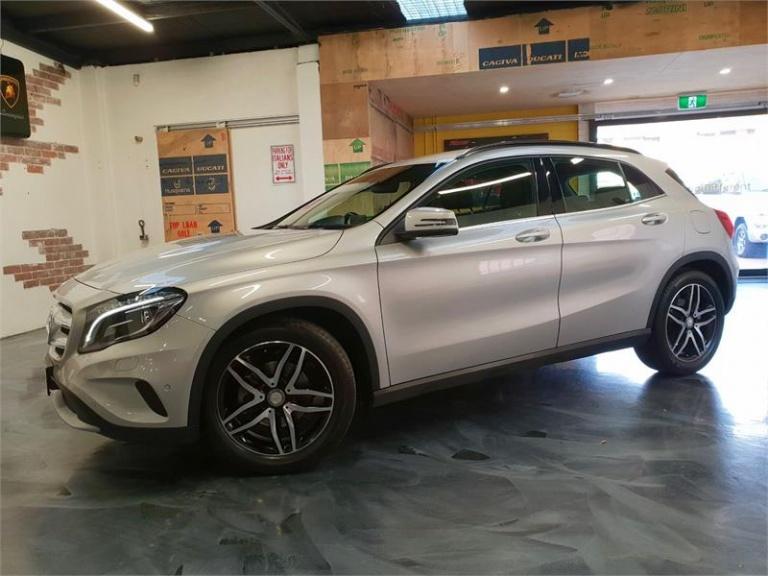 2017 Mercedes-Benz GLA180 -