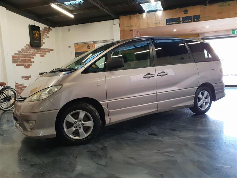 2003 Toyota Estima