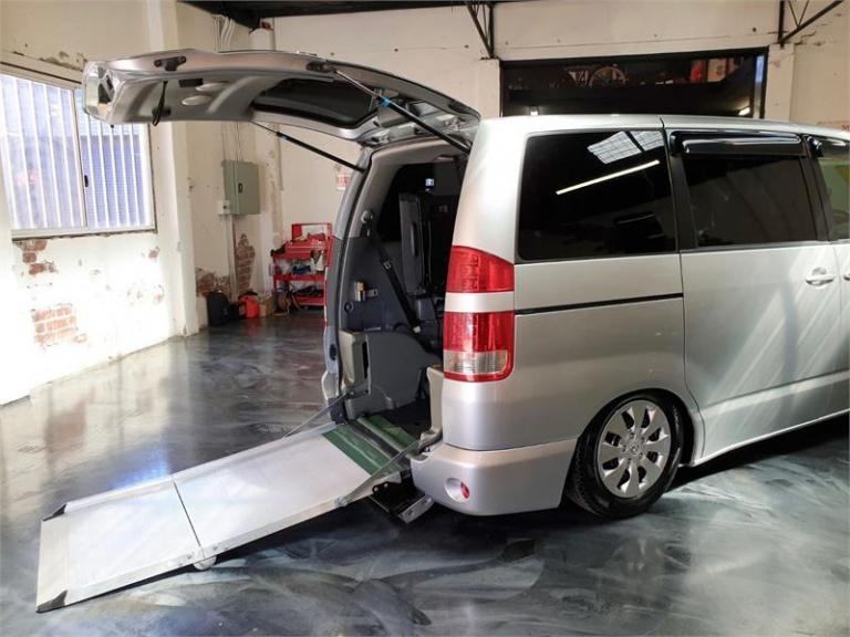 2007 Toyota Noah -
