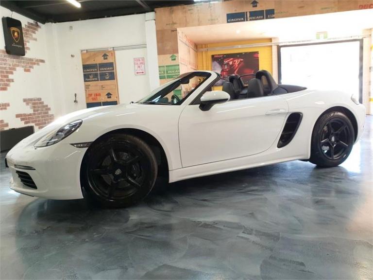 2017 Porsche 718 -